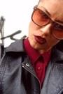 Crimson-chiffon-minimum-blouse-black-strech-bershka-leggings