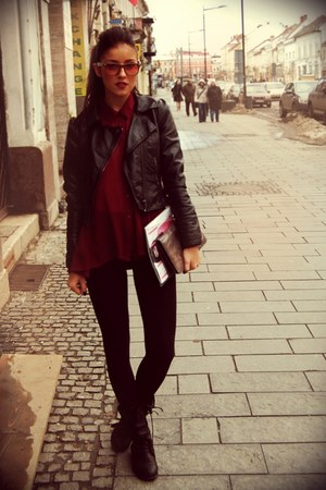 crimson chiffon Minimum blouse - black strech Bershka leggings