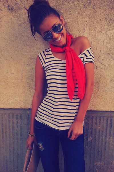 red chuiffon random scarf - navy ripper Zara jeans - ivory striped H&M t-shirt