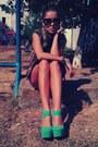 Aquamarine-platform-ebay-heels-light-brown-cut-raus-shirt