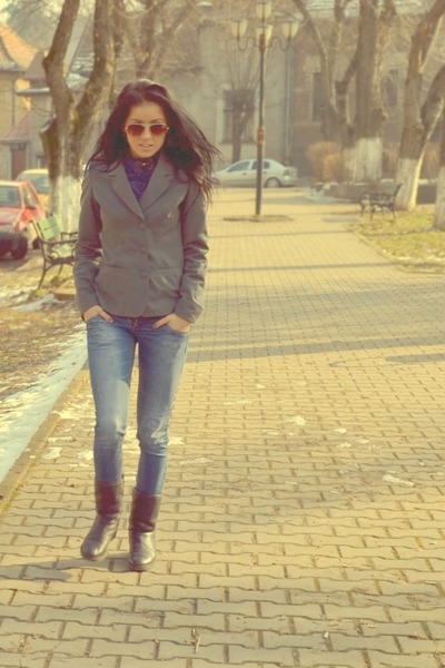 navy random boots - periwinkle cars jeans - charcoal gray random jacket - navy p