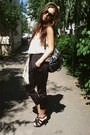 Tan-paper-new-yorker-hat-dark-gray-rocker-new-look-bag-puce-random-takko-sun