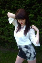 gray denim tie dye French Connection skirt - ivory Newlook shirt