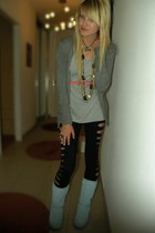 H&M t-shirt - American Apparel leggings - Ugg boots