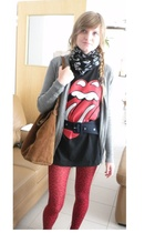 scarf - The rolling stones t-shirt - Zara blouse