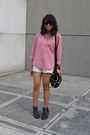Black-forever-21-boots-eggshell-shorts-red-top