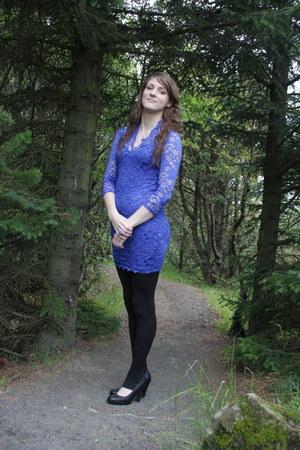 blue lace cotton Zack dress - black cotton spandex leggings
