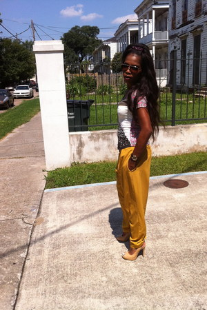 thrifted yellow pants