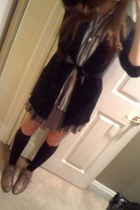 Secondhand shirt - Forever 21 shoes - Target socks - ruffled skirt - cardigan