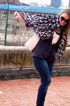 Primark top - Primark blazer - H&M jeans - glasses - Louis Vuitton scarf - Prima