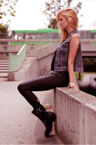 dark gray boots - black Stradivarius jeans - black top - heather gray denim vest