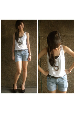 sky blue my favorite Greenhills shorts - dark brown necklace - dark gray Forever