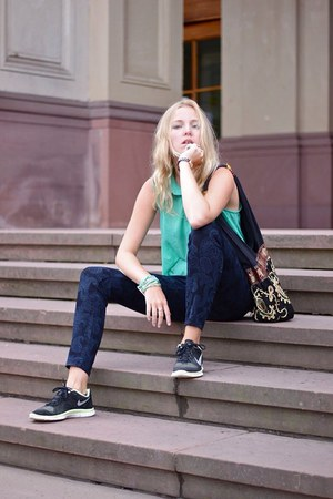 blue Zara pants - black nike shoes - aquamarine Forever 21 top