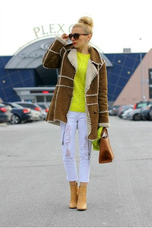 Mango coat - Zara boots - Topshop jeans - Old Navy sweater - Zara bag