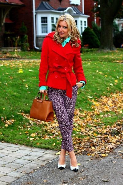 Happening coat - Zara bag - H&M pants - Esdra heels - Old Navy blouse