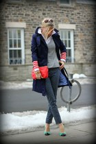 H&M coat - Gap sweater - H&M bag - JCrew pumps - Gap pants - Zara blouse