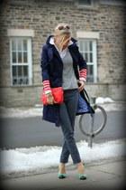 H&M coat - Gap sweater - H&M bag - JCrew pumps - Gap pants - Zara blouse