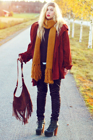 brick red suede second hand coat - black Jeffrey Campbell boots