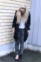 black GINA TRICOT jacket - white H&M shirt - gray Zoul leggings - black Jimmy Ch