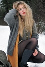 Army-green-vintage-sweater-orange-monki-vest-gray-frk-cardigan-dark-gray-m