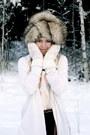 Cream-dixi-blouse-brown-vintagemonki-scarf