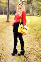 yellow satchel romwe bag - black platforms Modekungen boots