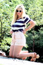 Light-pink-lace-h-m-shorts-navy-striped-monki-t-shirt