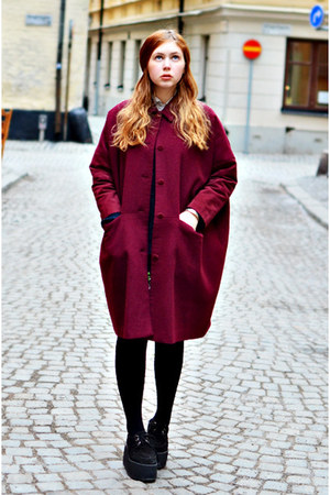 burgundy Monki coat - black creepers Underground shoes