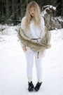 White-bik-bok-cardigan-brown-vintage-scarf