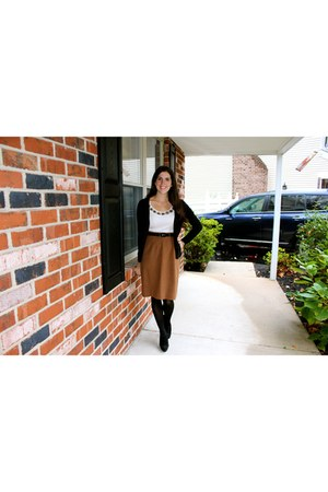 brown vintage skirt - black Nine West boots
