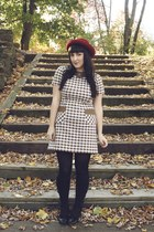 vintage hat - vintage dress - HUE tights - vintage stockings - Rampage shoes