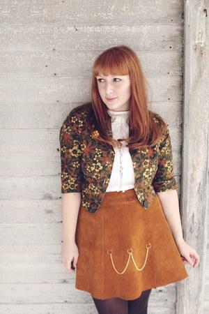burnt orange gold chain vintage skirt - white 1950s vintage blouse