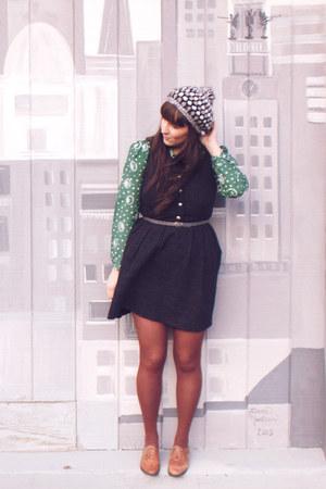 black modcloth dress - heather gray crochet thrifted hat - brown HUE tights - da