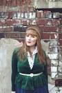 Light-brown-fur-vintage-hat-green-velvet-vintage-jacket-ivory-polkadot-thrif
