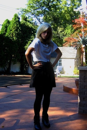 Hanes t-shirt - DIY skirt - Danskin tights - modcloth shoes