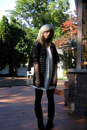 OhLeoluca Vintage sweater - lux uo dress - UO shoes
