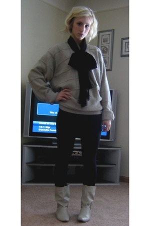 sweater - American Apparel shirt - Hard Tail tights - UO boots - scarf
