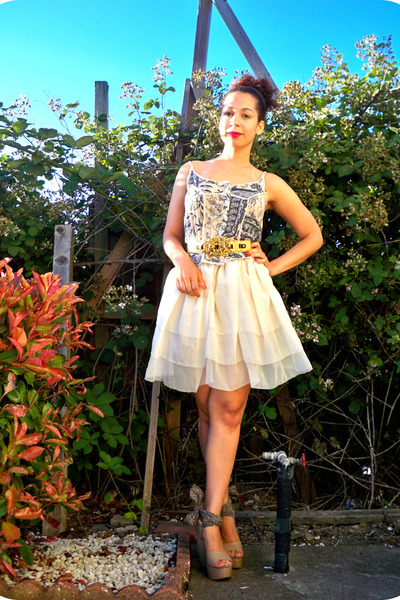 blue Paris find top - white DIY skirt - beige Pierre Hardy for Gap shoes - gold