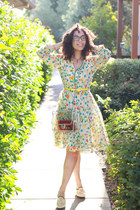 VintageFloral Dress with Jason Wu Pattent Leather Shoes
