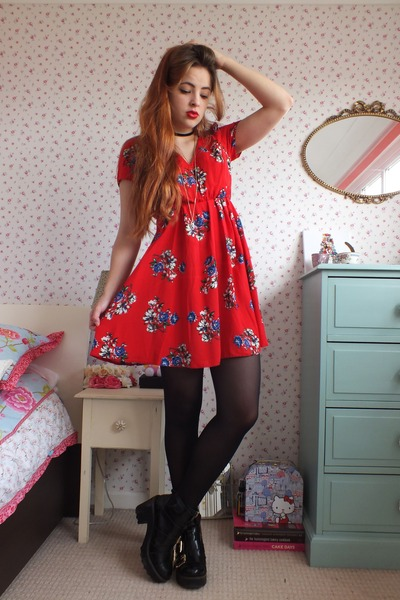 black chunky leather Topshop boots - red floral print justfor5pound dress