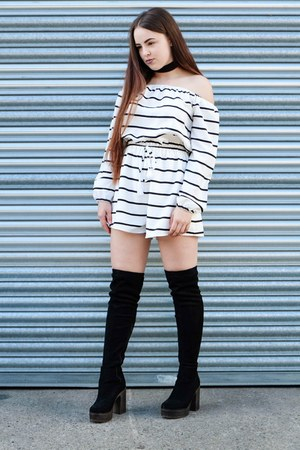 white striped missy empire romper - black choker Lamoda necklace