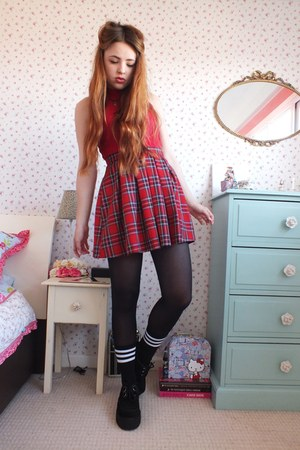 red tartan new look skirt - black platform Underground shoes