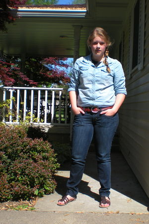 American Eagle top - American Eagle jeans - American Eagle belt - Aeropostale sh