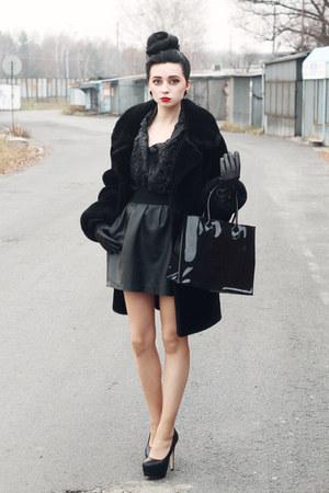 reserved skirt