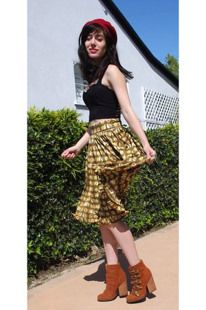 buckle boots Nyla boots - printed skirt Orla Kiely shirt