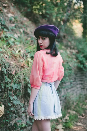 pinkyotto shorts - vintage hat - vintage blouse