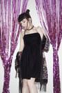 Black-flatform-boots-la-moda-boots-black-charity-shop-dress