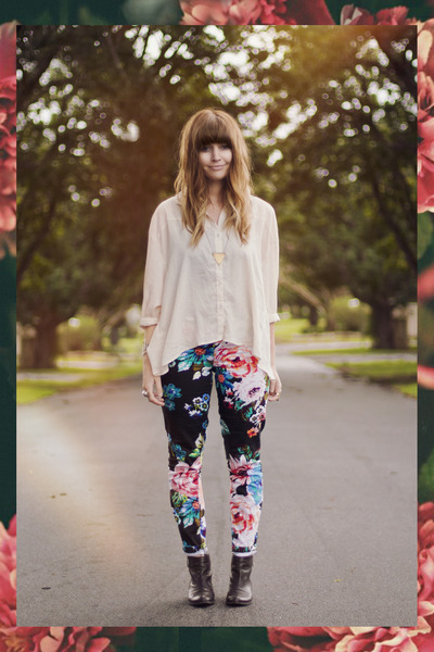 floral beginning boutique pants - cross evil twin bracelet