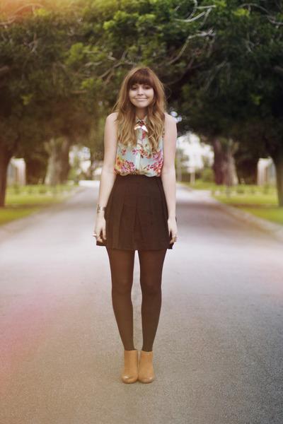 floral romwe shirt - black romwe skirt - gold collar romwe necklace