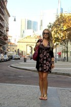 Mango dress - maroon Burberry bag - black Gucci sunglasses - black Gucci flats